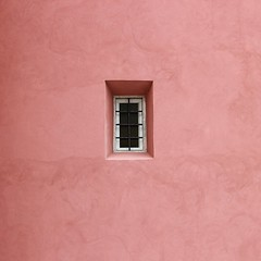 Minimalism in pink! (Jorge Cardim) Tags: pink window rosa janela minimalism minimalismo