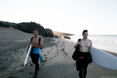 Día de Surf (Manuel Fernández.) Tags: sky españa sun sol beach colors sport canon landscape eos spain sand surf playa paisaje colores arena cielo deporte cartagena 6d 2016 calblanque