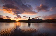 Last Moments of the Day (Tracey Whitefoot) Tags: sunset lake castle coast scotland highlands dusk north scottish april loch 500 tracey sutherland ardvreck assynt 2016 whitefoot nc500