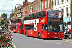 Salisbury Reds 1576 HW63FGV - Salisbury Endless Street (South West Transport News) Tags: street salisbury reds endless 1576 hw63fgv