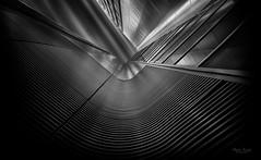 Perspektive (Mabloo) Tags: berlin deutschland blackwhite fenster architektur perspektive fassade linien sichtweise kontras thisphotorocks