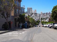 San Francisco (FRAUSCHNERT) Tags: sanfrancisco telegraphhill wolkenkratzer skyline ausblick pflanzen kalifornien sommer hitzewelle roadtrip rundreise mietwagen unterwegs highlights usa amerika westkste hitze heis urlaub frauschoenert reise highwaynr1