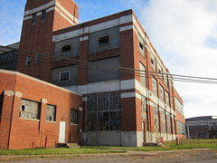 warren 055 (Fan-T) Tags: ohio abandoned industry belt rust factory ruin warren manufacturing