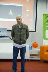 El alcalde de Ermua Carlos Totorika presenta la jornada 'Gobierno abierto: experiencias municipales' dentro de la 20 Semana Europea de la Gestión Avanzada que se celebra en Izarra Centre en Ermua