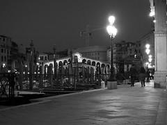 Ponte di Rialto by night (AMcUK) Tags: venice sunset vacation italy holiday dusk olympus nighttime venezia rialto olympusepl5 epl5 october28th2014