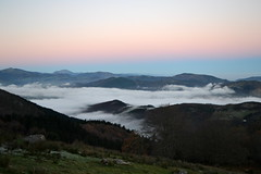 DSC_0130 (jrzurutuza) Tags: niebla adarra