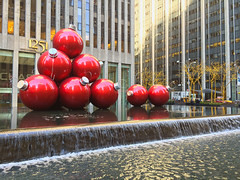 (Allison Joyce) Tags: christmas red festive happy holidays large ornaments merry avenue 6th