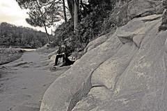 (Marc Le Port) Tags: nature rock stone noiretblanc capture morbihan rocher roche golfe lebono cheminctier riviredauray