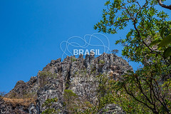 CO_Chapada0225 (Visit Brasil) Tags: travel brazil tourism nature horizontal brasil natureza unesco adventure árvore chapada cavalcante ecoturismo vegetação ecotourism semgente centrooeste penhascos diurna pontedepedra visitbrasil