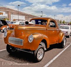 orange gold custom (Edward Saksenhaus RPh.) Tags: auto street travel orange classic car vintage gold hotrod rod custom