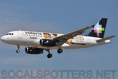 N504VL (SoCalSpotters) Tags: airbus isabel lax a319 losangelesinternationalairport voi klax volaris n504vl socalspotters