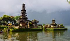 Bratan water temple (BoN.cz) Tags: pura ulun danu bratan water temple bali indonesia lake hindu