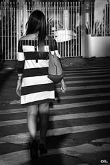 Stripes everywhere (Otaclio Rodrigues) Tags: street city cidade urban woman brasil bag walking dress stripes mulher grades streetphoto rua bolsa guardrails pretoebranco vestido oro caminhando resende listas pedestrianwalk faixadepedestres