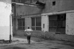 Canon Prima Zoom (Sure Shot) 76AiAF - Running Woman (Kojotisko) Tags: bw streetphotography brno creativecommons czechrepublic streetphoto rodinal fomapan100 canonprimazoom76aiaf