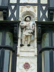 P1140030 Henry VIII (londonconstant) Tags: peterborough cambridgeshire eastanglia streetscapes promenades cityofpeterborough londonconstant costilondra