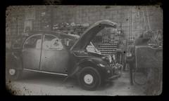 (totordenamur) Tags: old 2 car vintage french citroen retro 2cv vehicle cv chevaux deuch
