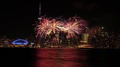 Celebration day (Ji-) Tags: longexposure lake toronto ontario canada tower skyline night cn islands day tour ngc lac firework celebration fujifilm fte nuit fujinon feudartifice nationale expositionlongue xt1 xf35mmf14r
