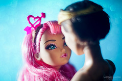 C.A. Cupid & Dexter Charming (Sabrina Franzoni) Tags: ca pink blue love glitter toy toys photography 50mm high eva doll dolls minolta sony prince after cupid charming alpha dexter ever mattel cupido principe encantado eah a37