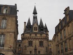 Porte Cailhau, Bordeaux City Gate (JP Newell) Tags: france french wine bordeaux porte oldcity winecountry citygate aquitaine cailhau