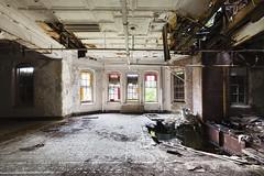 (MattLambros) Tags: decay urbanexploration ue statehospital abandonedhospital kirkbride abandonedasylum abandonedny
