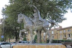 Fine Lady (Sir Trev) Tags: banburycross finelady statue nurseryrhyme bronze