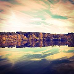 Autumnal Reflection (meepeachii) Tags: farben herbstlich herbst natur spiegelung wasser see hipstamatic iphone lake nature reflection autumnal autumn