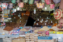 Souk (andrea.prave) Tags: shop shopping market morocco maroc marocco marrakech souk marrakesh mercato suk suq   almamlaka   sq visitmorocco almaghribiyya tourdelmarocco