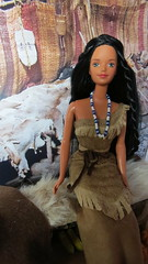 (29) In the Wetu (Foxy Belle) Tags: thanksgiving home scale face fur miniature beads clothing doll native ooak barbie 4th american 1997 16 mold tribe edition diorama midge wampanoag wetu playscale