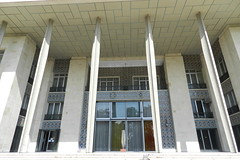 Palacio Museo Niavarn Tehern Irn 02 (Rafael Gomez - http://micamara.es) Tags: museum iran persia palace museo tehran  teheran palacio irn palacios    niavaran complejo tehern  niavarn niavara