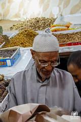 Datteri e frutta secca (andrea.prave) Tags: shop shopping market morocco maroc older marocco marrakech souk marrakesh elders dates mercato seller datteri suk suq anziano venditore noci   moroccans nocciole fruttasecca almamlaka marocchini marocains   sq   visitmorocco almaghribiyya tourdelmarocco