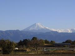 Happy New Year !!!  (FujiFilm X10) (potopoto53age) Tags: mountain apple japan landscape aperture fuji 日本 fujifilm fujinon 富士山 mtfuji yamanashi happynewyear kofu x10 appleaperture 山梨県 superebc 甲府市 potopoto53age fujifilmx10 fujinonsuperebc21mm~112mmf20~f28 21mm~112mm f20~f28
