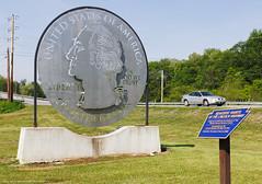 Giant Quarter (Jeff_B.) Tags: travel america pennsylvania pa lincoln americana pontiac everett quater route30 grandam lincolnhighway rt30 roadsidegiants giantquarter