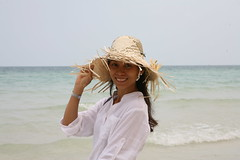 2016-03-09 Phu Quoc Island, Vietnam020 (HAKANU) Tags: sea beach beautiful smile hat smiling lady female island sand asia shoreline beachlife vietnam phuong wife strawhat phuquoc phuquocisland wifeah