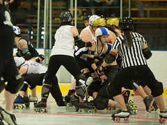 IMG_0414 (clay53012) Tags: ice team track flat arena madison skate roller jam derby league jammer mrd bout flat wftda derby womens track hartmeyer moocon2016