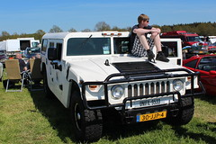 1979 G.M.C. Humbee (Davydutchy) Tags: boy holland classic netherlands car fun nederland teen teenager oldtimer frise shorts hummer humvee gmc friesland niederlande klassiker frysln evenement frisia unifil humbee hoornsterzwaag