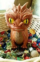 A proper nest (Black Rose Bride) Tags: toys dragon thehobbit smaug funkopop