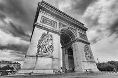 Arc de Triomphe from down below (b&w) (airfang) Tags: paris france ledefrance fr arcdetriomphe