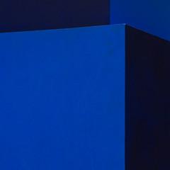 imperfection (Cosimo Matteini) Tags: cosimomatteini ep5 olympus pen m43 blue london sculpture imperfection