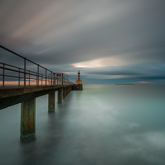 Ligthouse Square (Squareburn) Tags: amble northumberland sunrise coast longexposure square coquetisland lighthouse