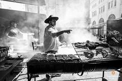 Argentine barbecue (Luiz Contreira) Tags: barbecue argentina men churrasco southamerica amricadosul brazilianphotographer blackwhite bw pretoebranco pb canon canon6d dslr day diaclaro street streetphotography fotografiaderua fotgrafosbrasileiros