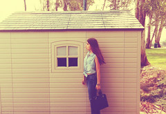 A little house in the countryside (melyescamilla1) Tags: airelibre girl portrait selfportrait woman house countryside nature vintage self explore