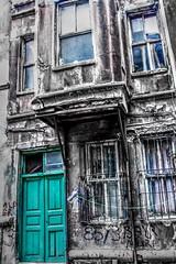 zeyrek-10_tonemapped (Y.E.S Photography) Tags: street old blue house building canon turkey place istanbul historical hdr balat zeyrek 700d 23112014zeyrek