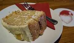 Lemon Sponge (Nanooki) Tags: christmas cake lemon december sponge lemonspongecake mzuiko1240mm olympusomdem1