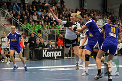 "EHF Damen Deutschland vs. Rumänien 30.11.2014 006.jpg • <a style=""font-size:0.8em;"" href=""http://www.flickr.com/photos/64442770@N03/15729749889/"" target=""_blank"">View on Flickr</a>"