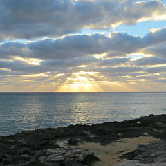 IMG_3185_fix (goatling) Tags: sunset sea sun clouds island ray beam tropical tropic caribbean cayman carib caymanislands tropics grandcayman caribe westbay westindies britishwestindies gcm201412 201412gcm