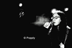 Blow (Popply) Tags: bw byn canon sara asturias bubble oviedo pompa canonista efs55250mm eos1100d