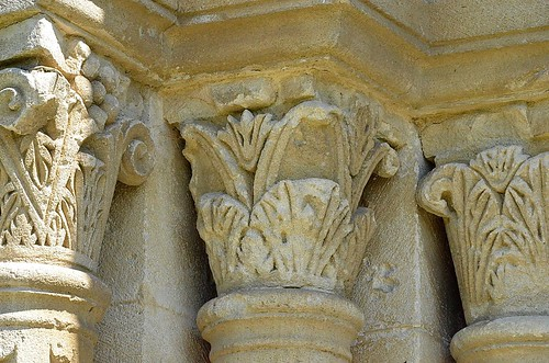 Mane (Alpes de haute Provence), prieuré Notre-Dame de Salagon - 04
