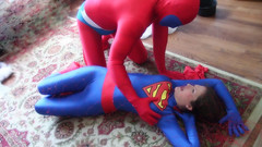 SuperWoman's trap.Still008 (Spandxcomics) Tags: cosplay supergirl spandex superwoman superheroine
