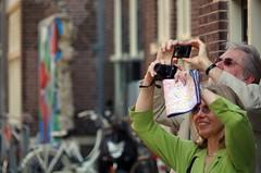 Touristen - tourists - toerists (Knarfs1) Tags: street people holland haarlem netherlands tourist menschen niederlande toerist nederlande strase