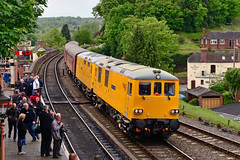 73951 73952 Bewdley (British Rail 1980s and 1990s) Tags: yellow train ed diesel rail railway loco locomotive preserved 73 preservation svr livery severnvalleyrailway networkrail class73 electrodiesel dieselgala 73952 locohauled